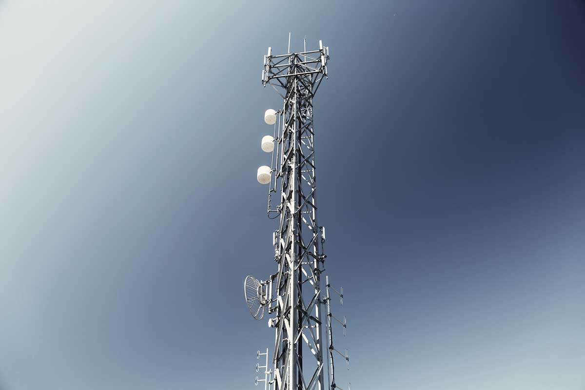 Town Replaces Radio Tower