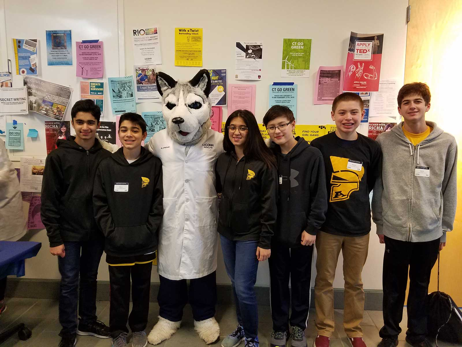 Amity Middle School Bethany Science Club Competes at Science Bowl